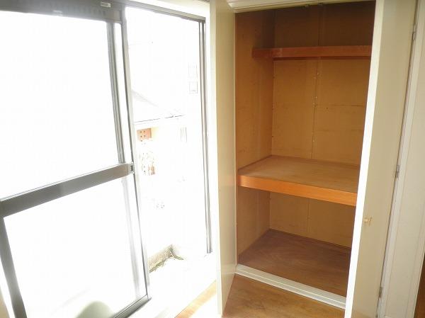 プレイシオン 201号室の収納