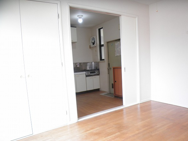 プレイシオン 201号室のキッチン