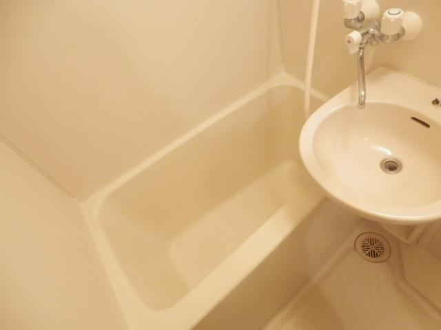 プログレス国立 103号室の風呂