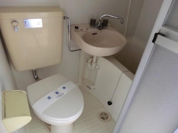 メビウスコート国立 2-B号室のトイレ