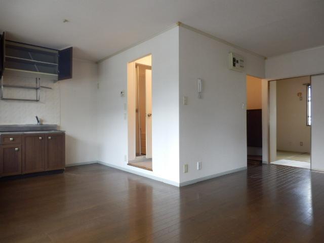 メゾンエスポワールA 201号室の居室