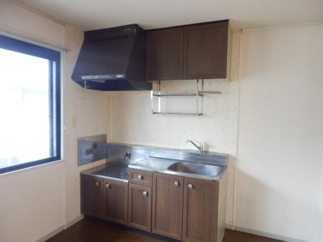 メゾンエスポワールA 201号室のキッチン