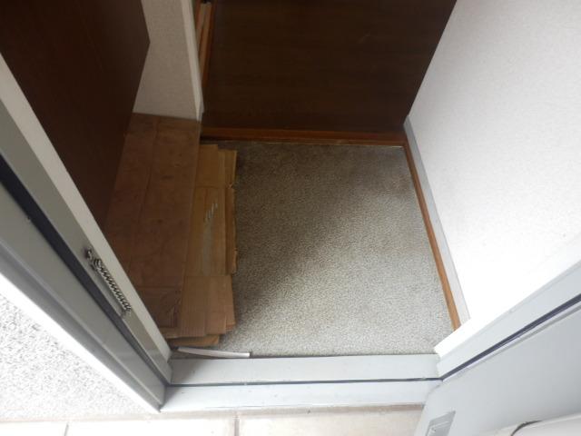 メゾンエスポワールA 201号室の玄関