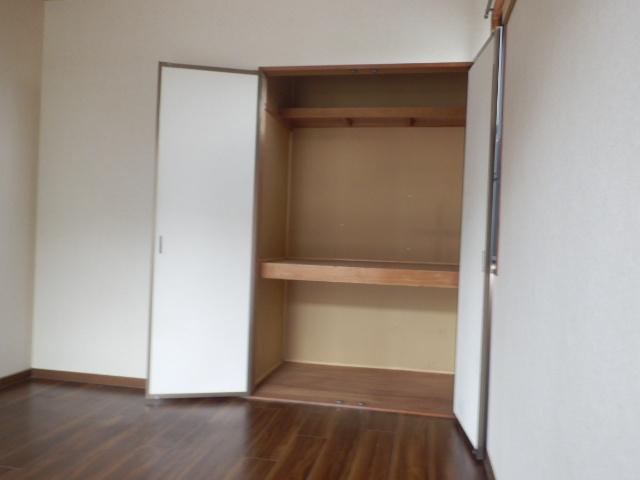 メゾンエスポワールA 201号室の収納