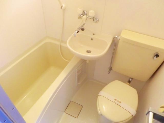 パークサイドハウスA 106号室の風呂