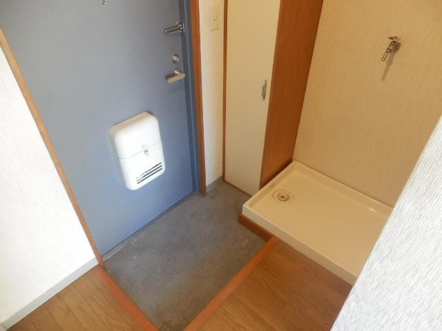 フォッセ国立 303号室の玄関