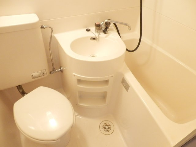 ハイム・ヤマ 203号室の風呂