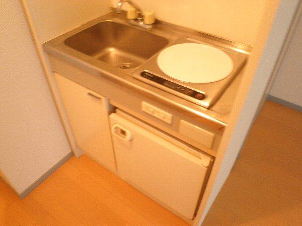石山荘 N号室のキッチン