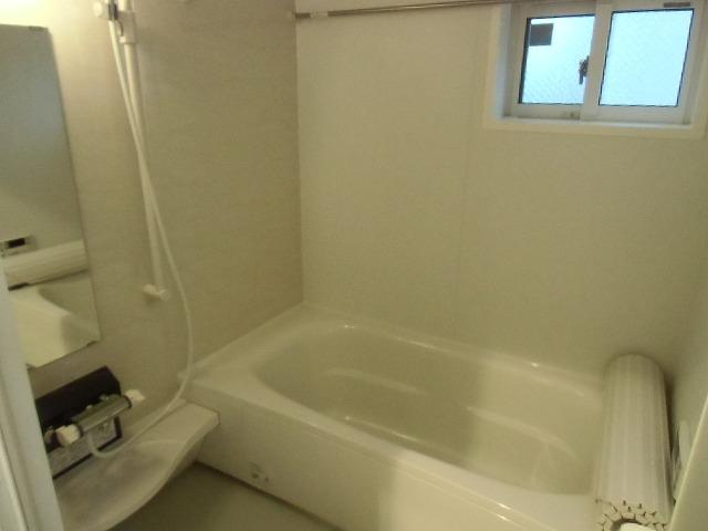 ディアレスト 102号室の風呂