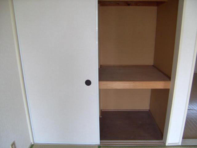 アカツキマリオン 101号室の収納