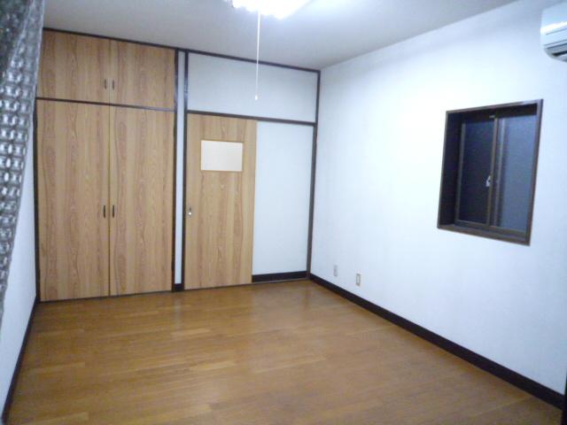 ササキアパート 202号室のリビング