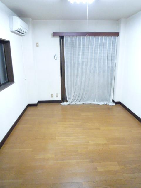 ササキアパート 202号室のその他