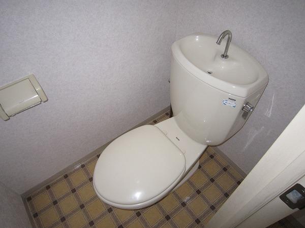 コーポ相澤A 203号室のトイレ