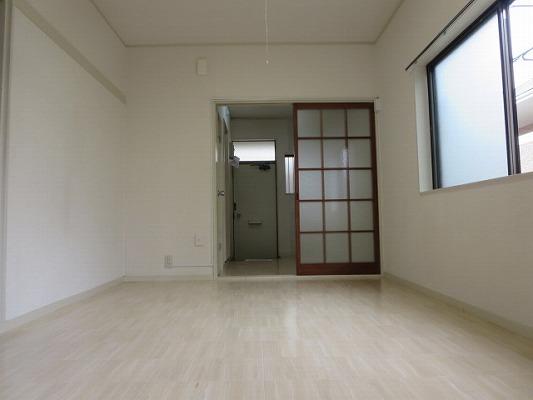 ベアコーポB 107号室の居室