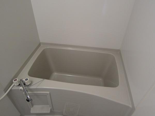 ストークコートⅡ 103号室の風呂