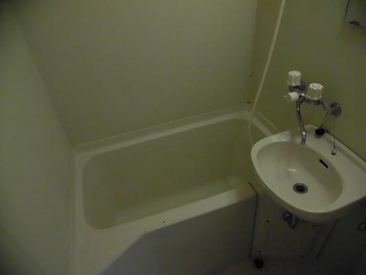 プロミネンスNENOYA 304号室の風呂