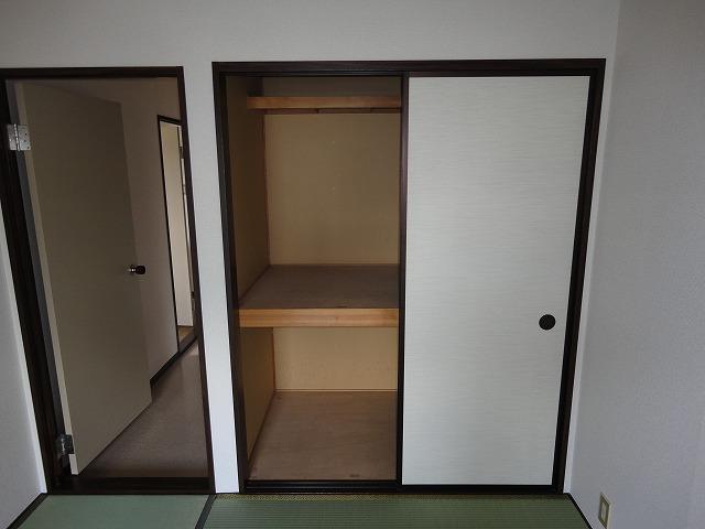 アネックスいまざと 203号室の収納