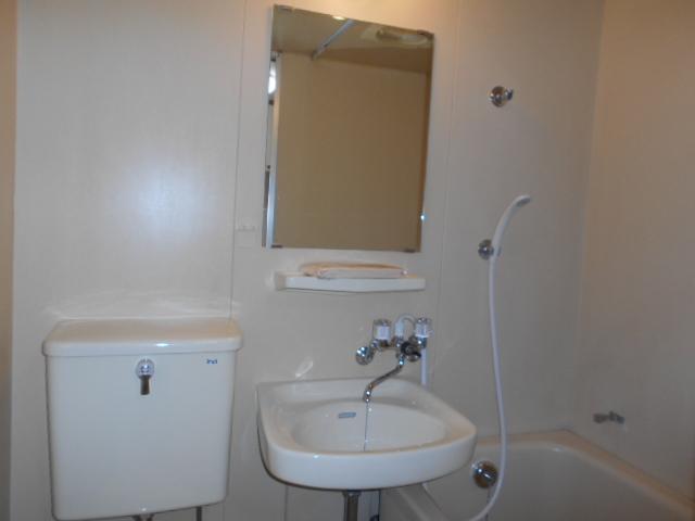御池ハイツ 320号室の洗面所