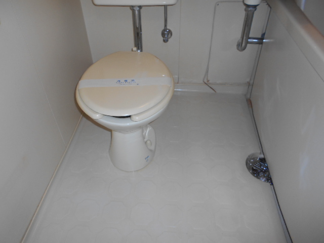 御池ハイツ 320号室のトイレ