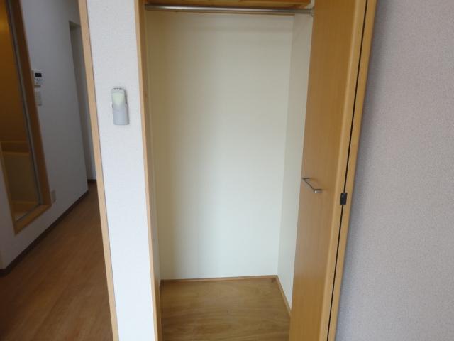 グリーンハイツⅠ 205号室の収納