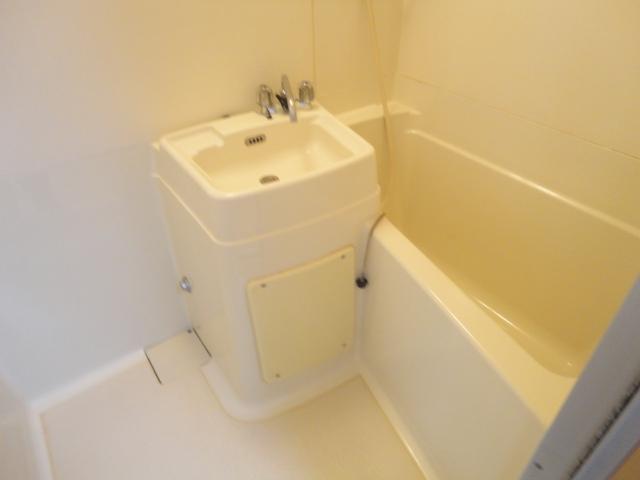 グリーンハイツⅠ 205号室の風呂