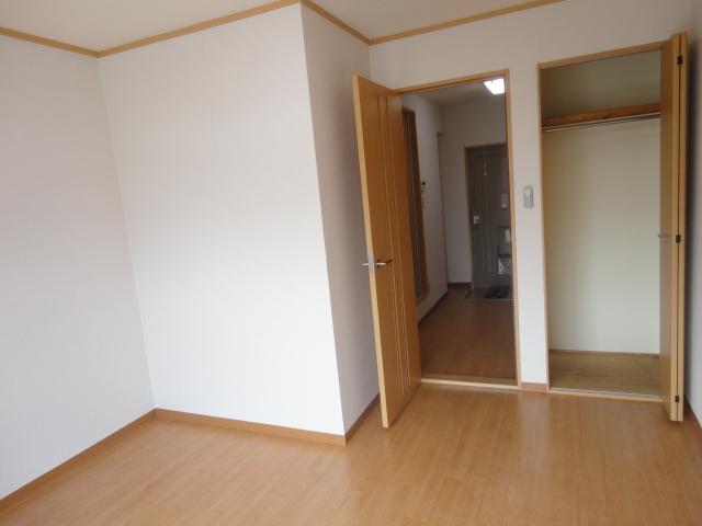 グリーンハイツⅠ 205号室のリビング