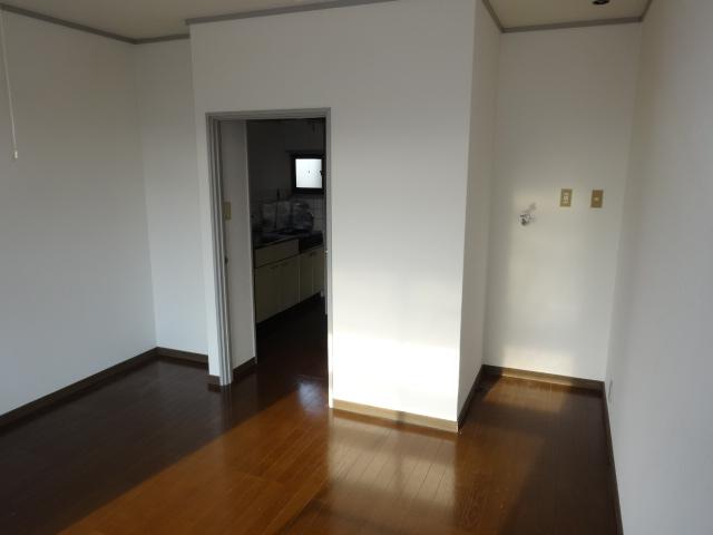 谷口ビル 22号室のリビング