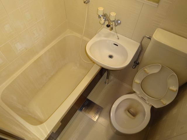 谷口ビル 22号室の風呂