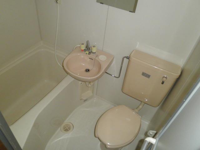 アヴニールふじわら 408号室の風呂