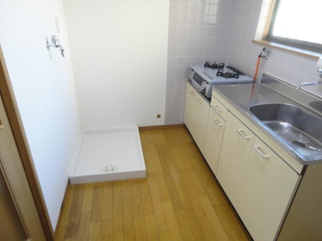 クレセール大和 101号室のキッチン