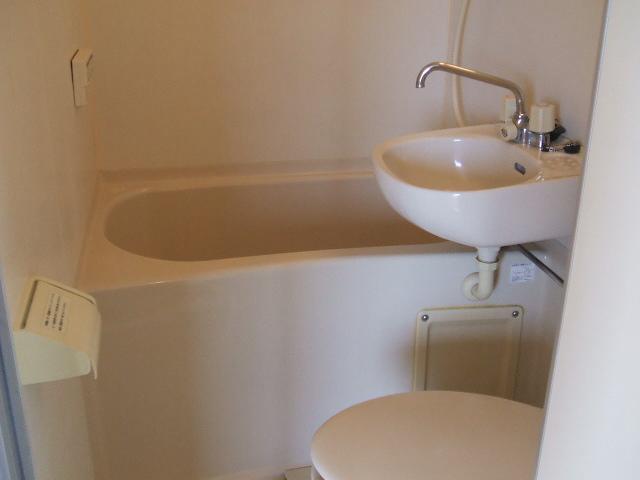 クリアネオ和泉府中 501号室の風呂