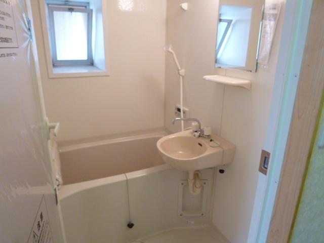 鎌田マンション 304号室の風呂