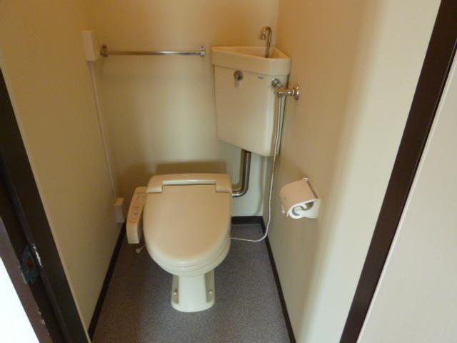 鎌田マンション 304号室のトイレ