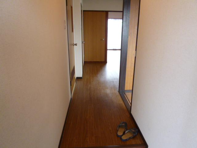 鎌田マンション 304号室のロビー