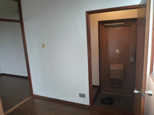 鎌田マンション 404号室の居室