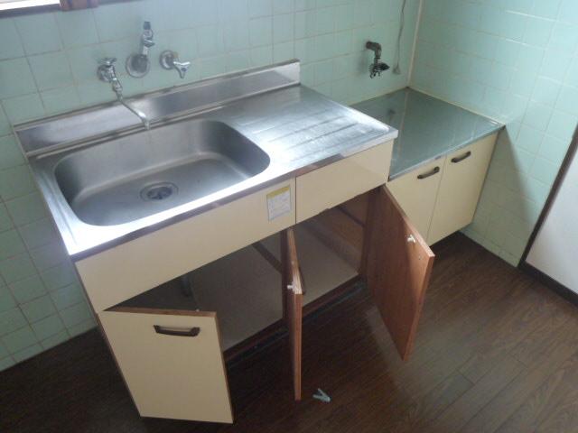 鎌田マンション 404号室のキッチン