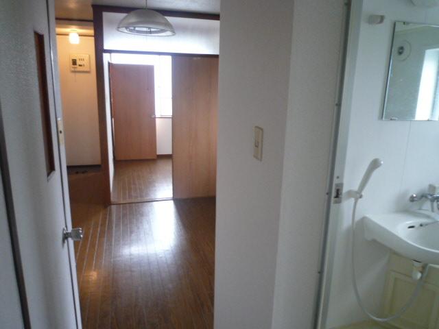 鎌田マンション 404号室の洗面所