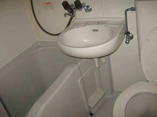 レオパレス21 一宮第9 101号室の風呂
