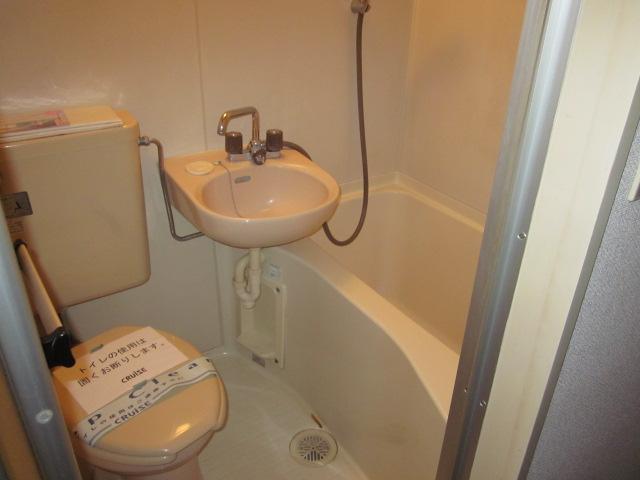 レジデンス大津 405号室の風呂