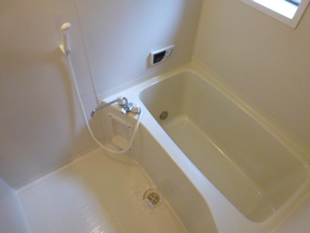 ワイハウスA棟の風呂