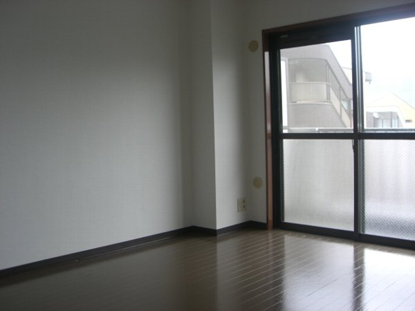 アルボレダ武蔵浦和Ⅰ 301号室の居室