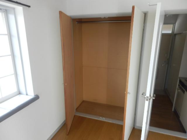 ラ メゾン ド ケイ 201号室の収納