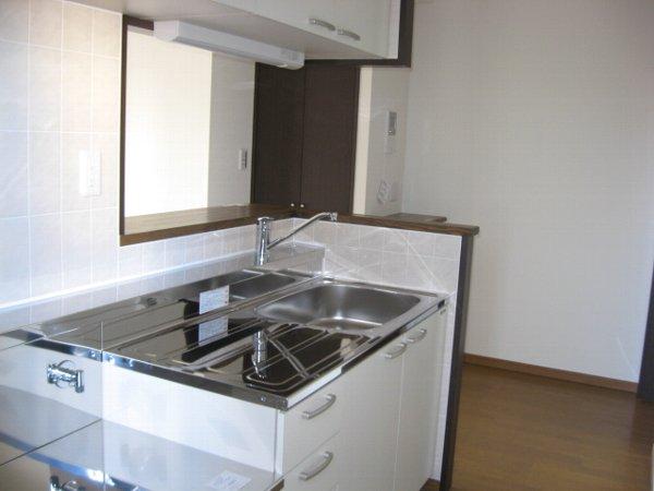 ルミナール 701号室のキッチン