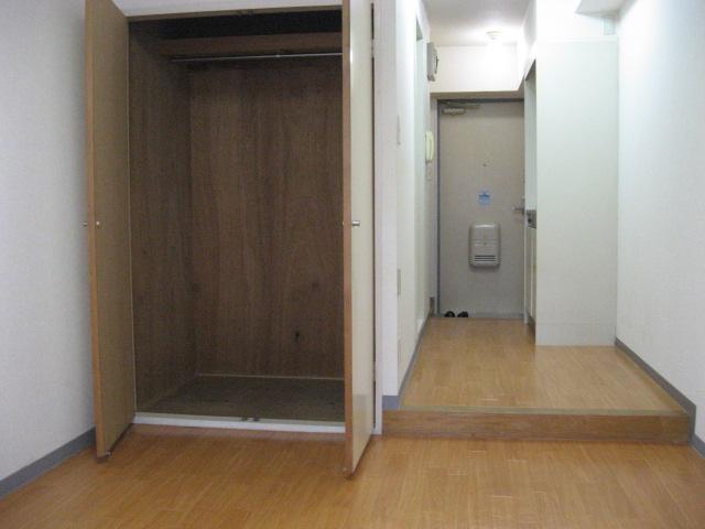 エクセルコート 105号室の収納