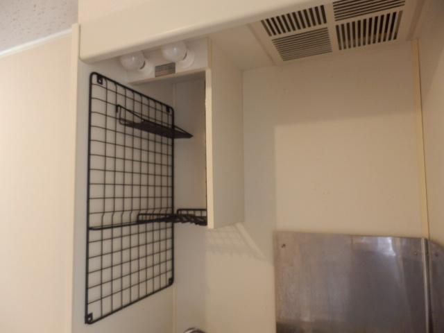 ドミトリー中浦和 210号室のキッチン