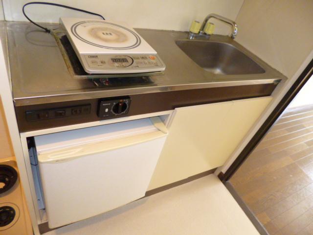 武蔵浦和ハイツ 107号室のキッチン