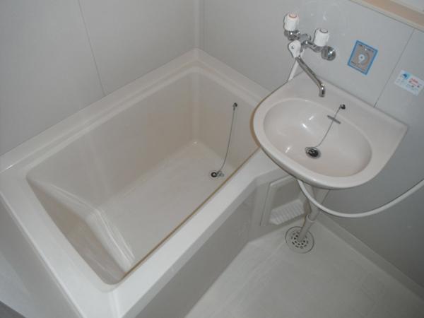 ヴィラ青山Ⅱ 101号室の風呂