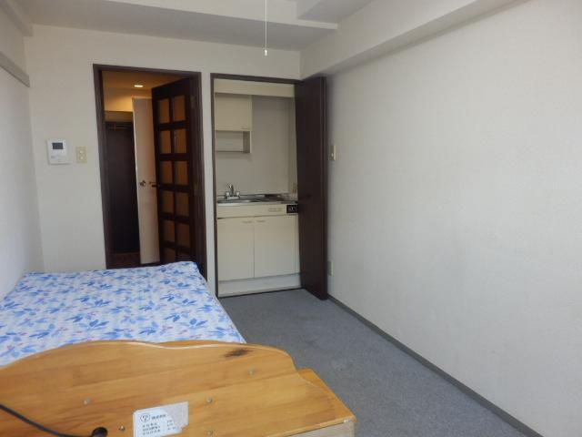 ソシアーレミラン武蔵浦和Ⅱ 311号室の居室