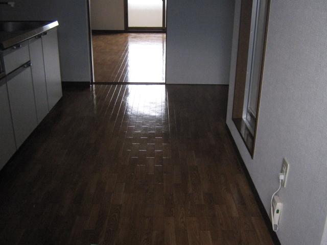 ベルデパルク 206号室のリビング