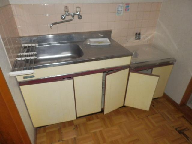 コーポラスユタカ 102号室のキッチン